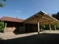 Versorgungshaus mit Vordach